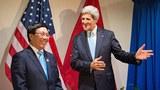 Phó Thủ tướng, Bộ trưởng Ngoại giao Phạm Bình Minh gặp Ngoại trưởng John Kerry bên lề hội nghị ASEAN ở Brunei