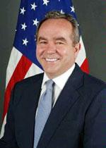 Ông Kurt Campbell Phụ tá Ngoại trưởng Hoa Kỳ đặc trách Đông Á Thái Bình Dương. Photo state.gov