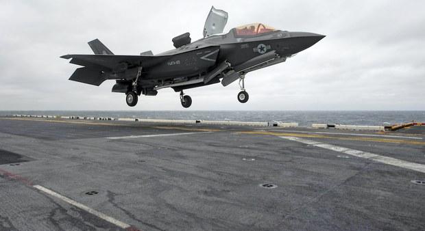Trung Quốc tố cáo Mỹ đưa máy bay do thám vào vùng nhận dạng phòng không