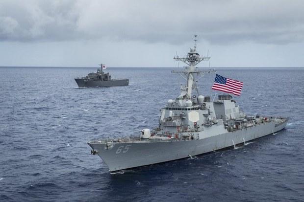 Chiến hạm Hoa Kỳ đi vào vùng biển Hoàng Sa, Trung Quốc nói đã xua đuổi đi