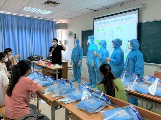 Gần 9 ngàn sinh viên Y khoa do USAID tập huấn đang tham gia phòng chống dịch COVID-19