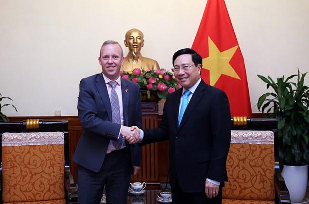 Việt Nam - Vương Quốc Anh ký thỏa thuận thương mại tự do