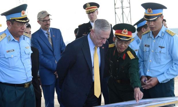 Việt Nam đề nghị Mỹ tăng cường hỗ trợ khắc phục hậu quả chiến tranh