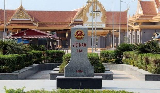 Việt Nam và Campuchia thống nhất thực hiện các thoả thuận phân định biên giới đất liền
