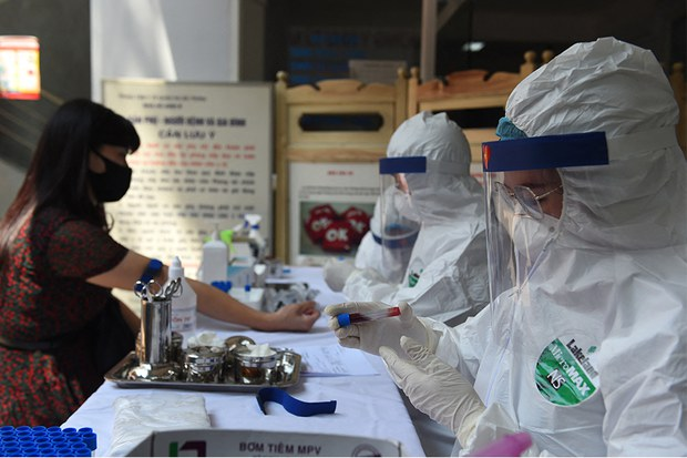 Việt Nam có nguy cơ xuất hiện đợt dịch COVID-19 thứ 4 do việc nhập cảnh trái phép