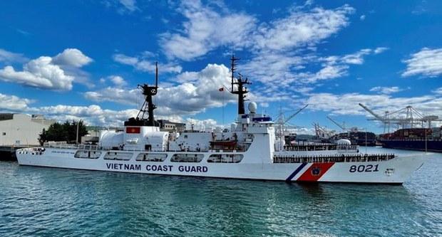 Tàu cảnh sát biển CSB 8021 rời Hawaii về Việt Nam