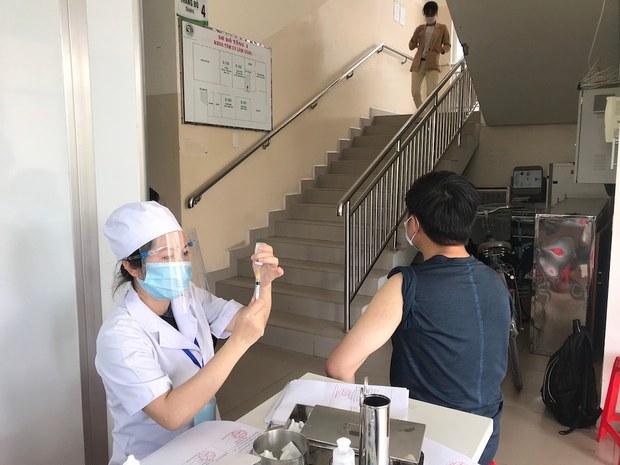 Ba tâm dịch COVID-19 được phân phối một triệu liều vắc-xin do Nhật hỗ trợ