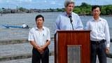 Ngoại trưởng Hoa Kỳ John Kerry thăm vùng đồng bẳng sông Cửu Long tháng 12 năm 2013