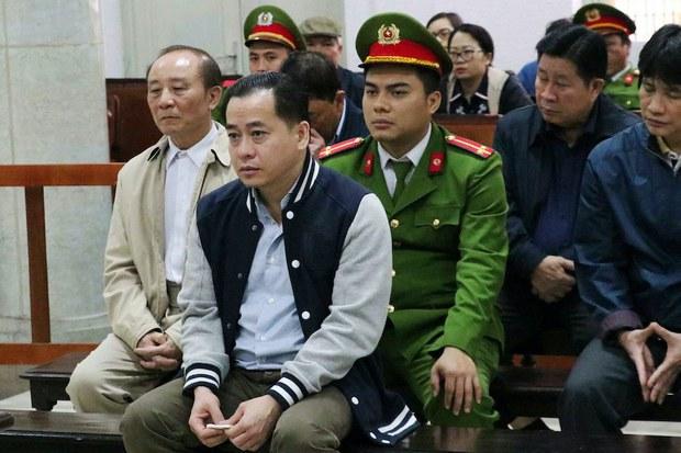Vũ 'Nhôm' khai đưa hàng triệu đô cho cựu Phó tổng cục trưởng Tổng cục Tình báo