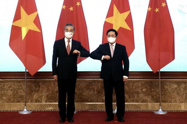 """Ông Vương Nghị """"nhắc"""" Việt Nam cảnh giác trước sự can thiệp từ bên ngoài"""