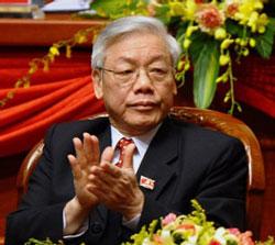 Ông Nguyễn Phú Trọng tại phiên khai mạc Đại hội 11 ở Hà Nội hôm 11-1-2011. AFP PHOTO.