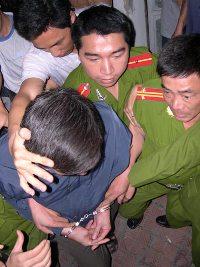 NguyenVietTien_Congtay_ThanhNien_200.jpg